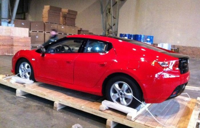 Новая модель автомобиля завода ТагАЗ (5 фото)