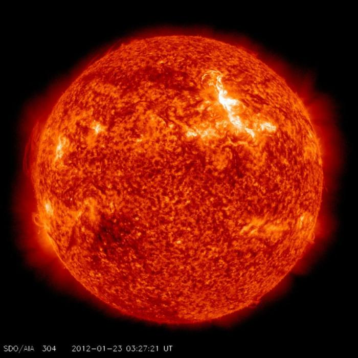 Сильнейшая вспышка на солнце (9 фото)