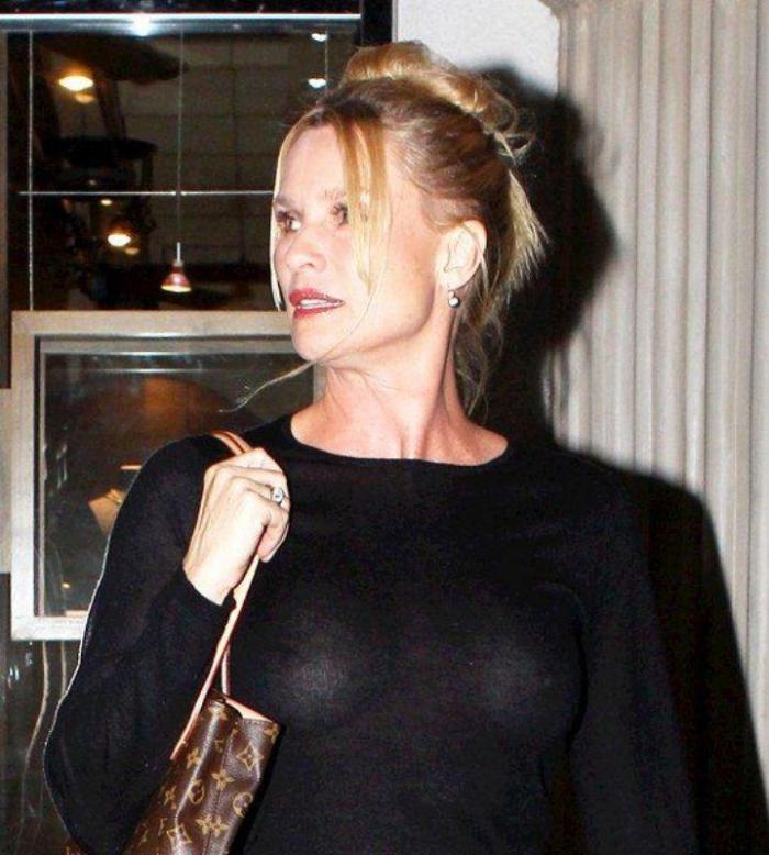 фото знаменитостей пойманых без нижнего белья