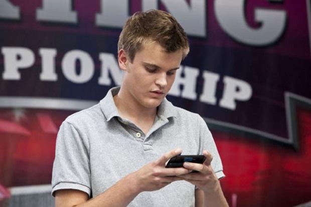 Блоги. Чемпион по скоростному набору SMS заработал $50 тыс. sms, скоростной набор смс, Чемпион по скоростному набору SMS,