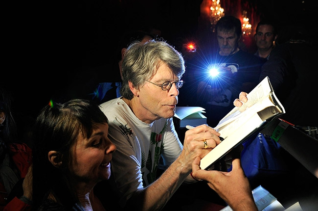 Самые высокооплачиваемые писатели мира 2012