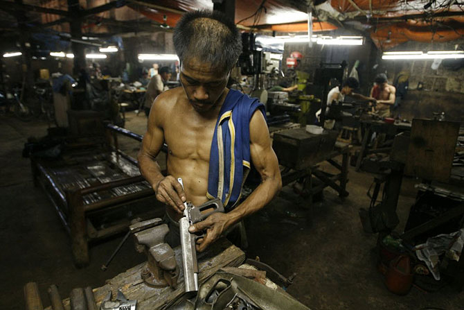 Блоги. Кустарное производство оружия на Филиппинах (28 фото + текст). оружие, мафия, филиппины