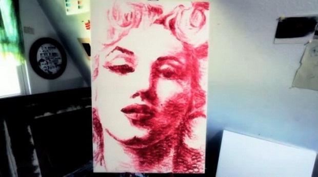 Американская художница пишет картины губами (5 фото + видео). арт, искусство, художница, необычное, необычные картины, художники, портреты, картины губами,