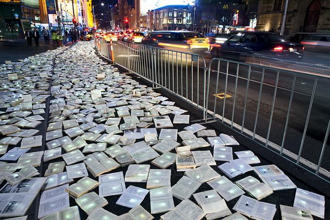 Река из книг в Мельбурне (16 фото). мельбурн, река книг