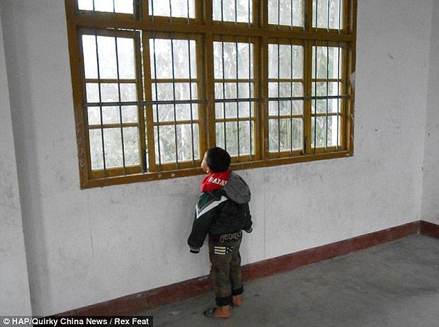 Школа в Китае, где учится всего один ребенок