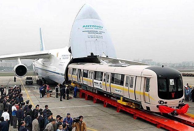 Самый большой самолет в мире 10 фото