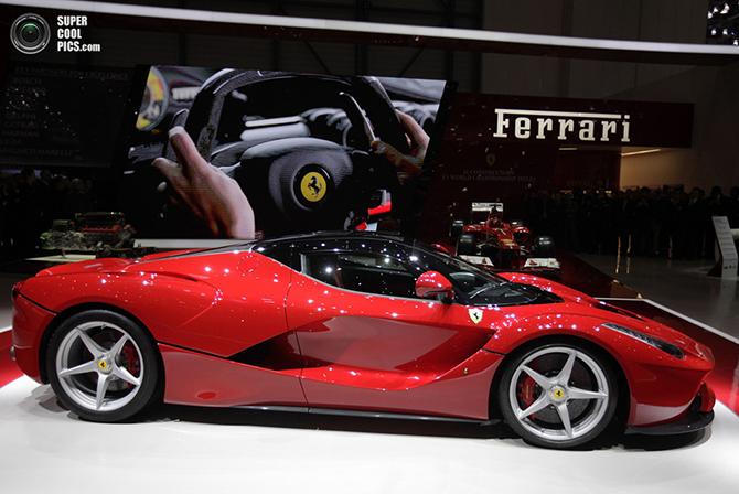 Ferrari LaFerrari: гибридный красный «жеребец»