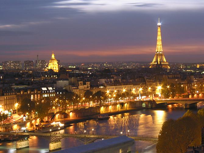 50 самых красивых городов в ночное