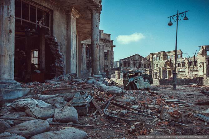 Декорации кварталов разрушенного Сталинграда