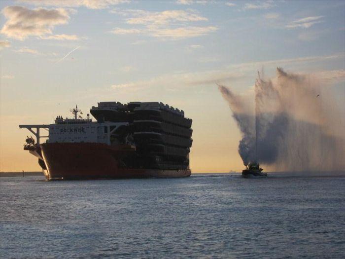 Судно для перевозки судов (20 фото)