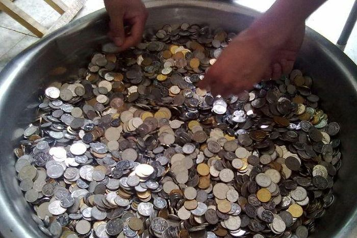 Копилка для монет своими руками фото