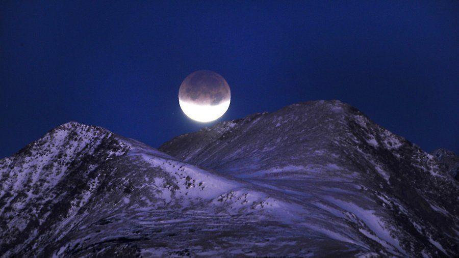 zat11 Полное лунное затмение 10 декабря 2011г (15 фото)