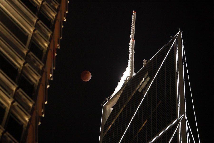 zat6 Полное лунное затмение 10 декабря 2011г (15 фото)