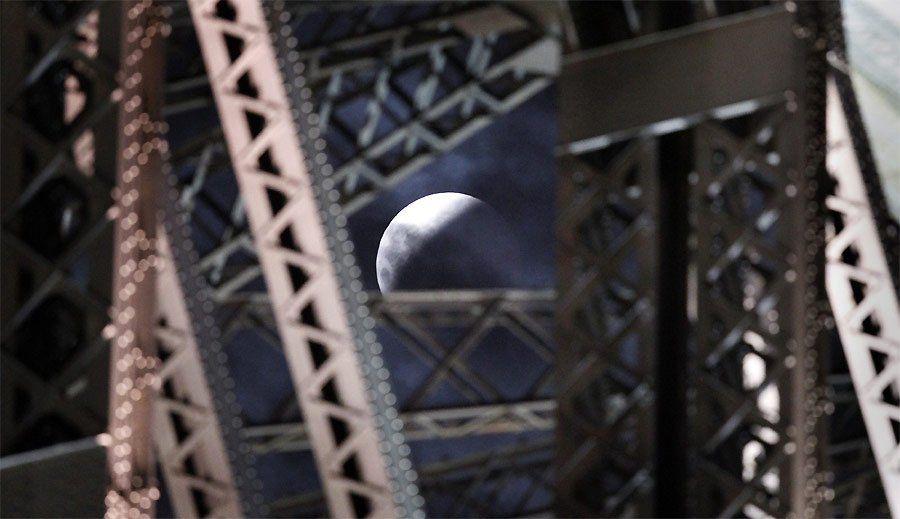 zat8 Полное лунное затмение 10 декабря 2011г (15 фото)