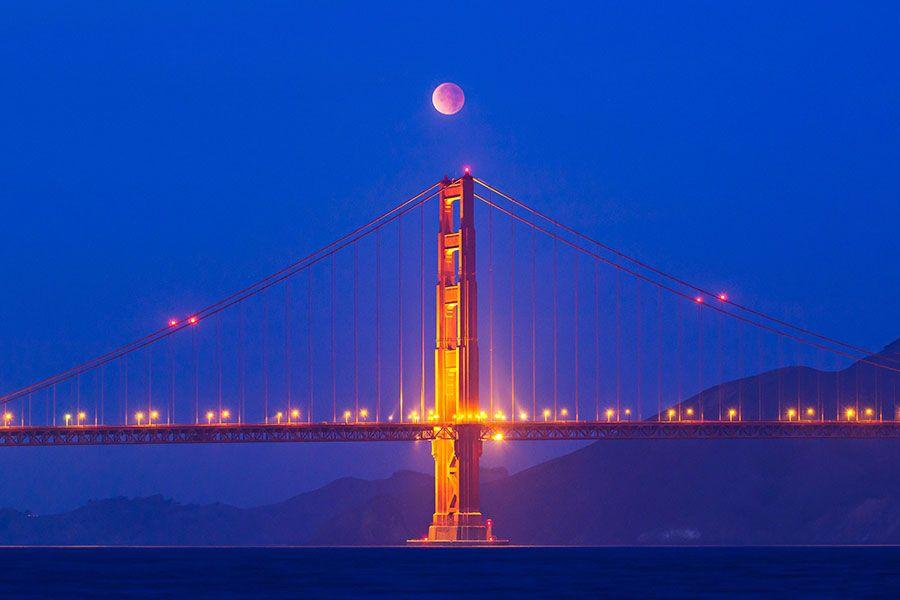 zat9 Полное лунное затмение 10 декабря 2011г (15 фото)