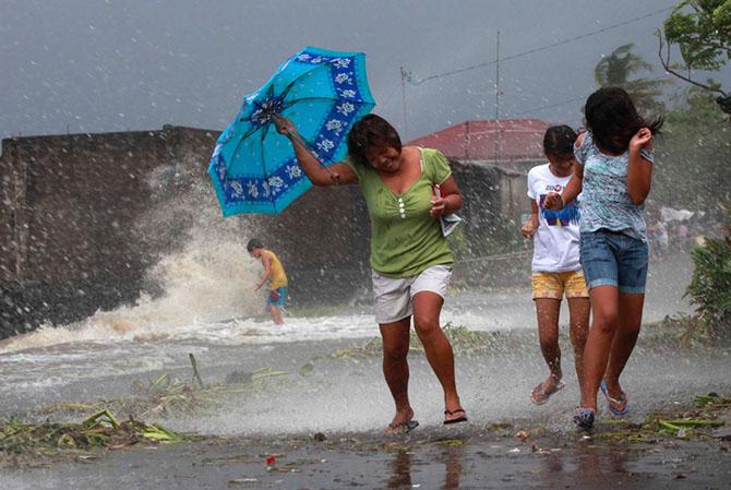 Тайфун Хаян унес жизни более 10 тысяч человек