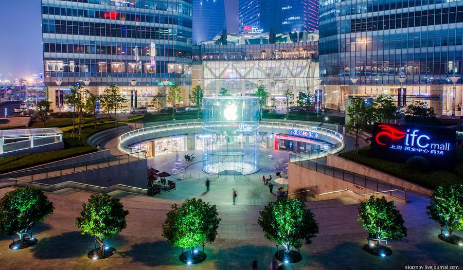 Пешеходный переход в Шанхае (11 фото)
