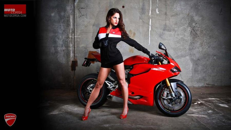 Если бы мужики рекламировали мотоциклы (20 фото)