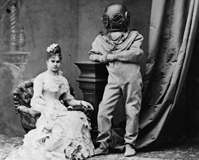 Странная и удивительная история водолазного костюма