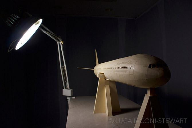 Высший пилотаж в создании бумажных самолетов