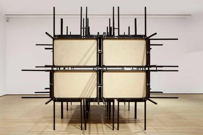 Современый художник Michel de Broin