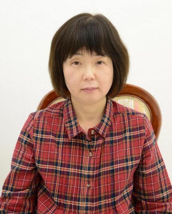 Превращаем 54-летнюю женщину в аниме-няшу (4 фото)