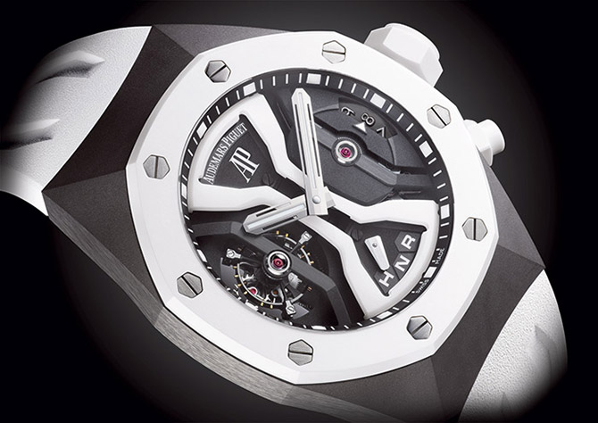 10 удивительных новинок на выставке часов в Женеве