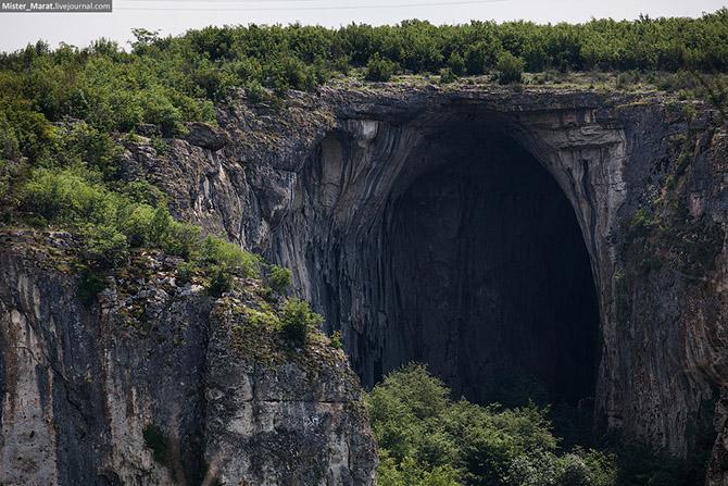 Экскурсия в пещеру Проходна