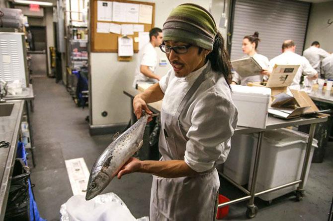 Какими качествами и навыками должен обладать суши-шеф