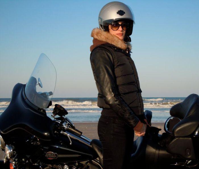 фото девушек с мотоциклами голыми