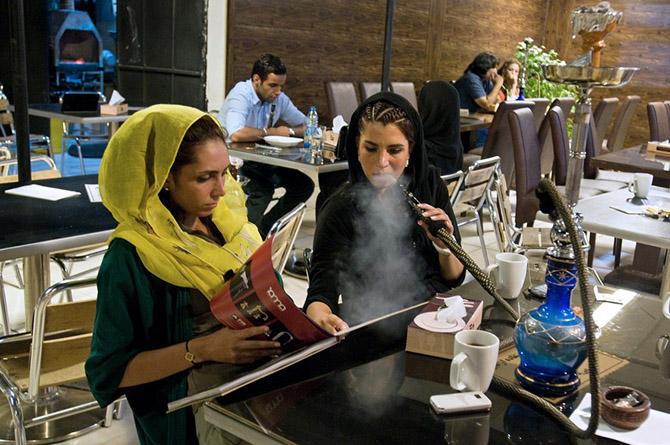Двойная жизнь иранской молодежи