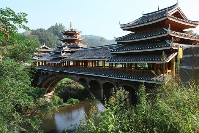 Самые красивые дома-мосты мира