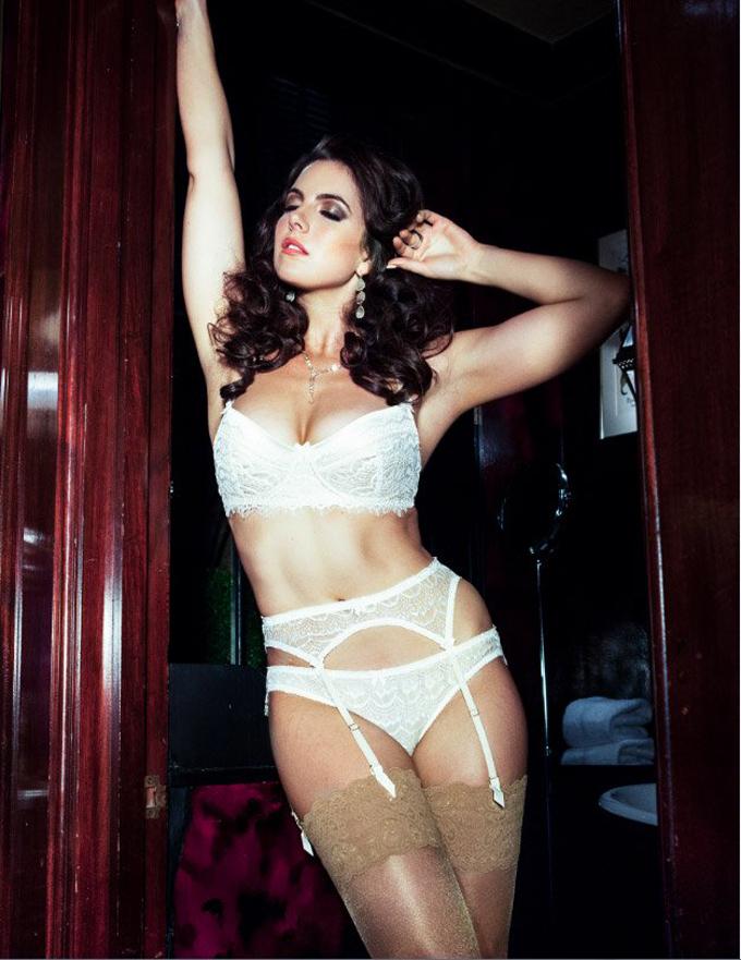 """Модели плюс-сайз снялись в рекламной кампании Curve """"Femme Fatale"""""""