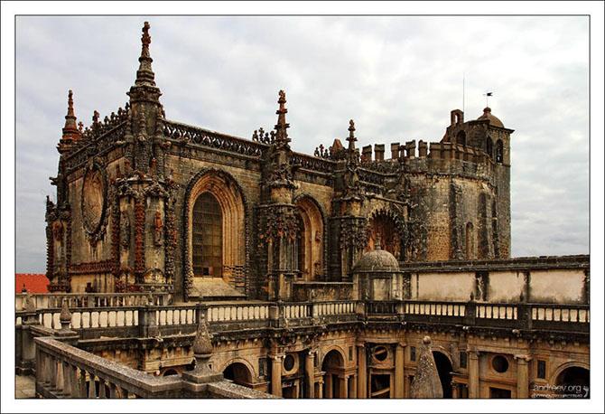 Экскурсия по замку тамплиеров в Португалии