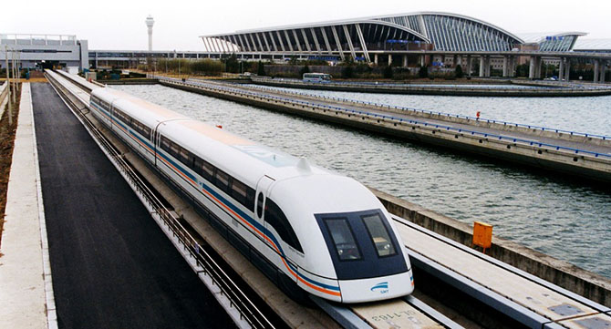 7 самых скоростных железнодорожных линий