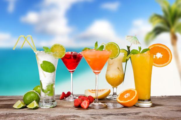 10 легенд о происхождении самых знаменитых алкогольных коктейлей