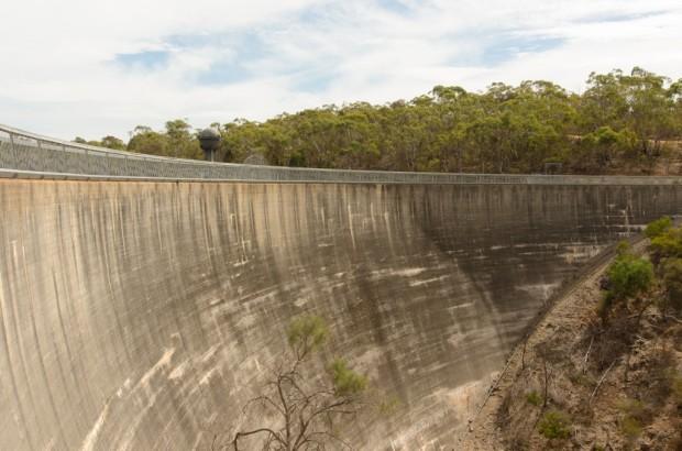В Австралии есть Шепчущаястена с удивительным звуковым эффектом