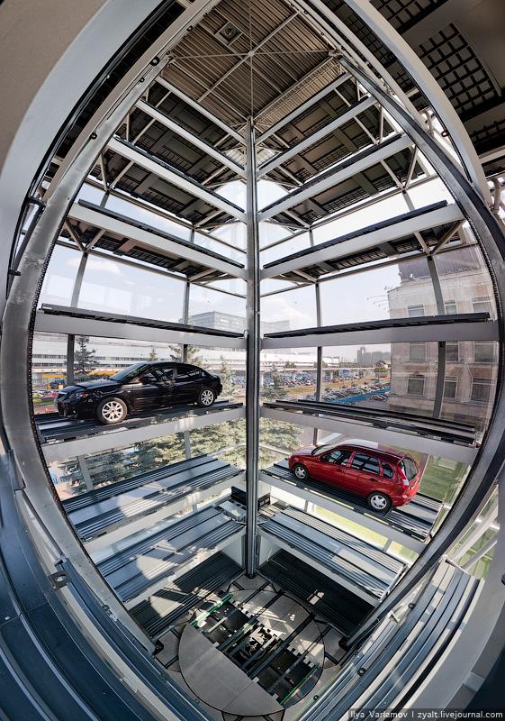 Как работает многоэтажный автоматизированный паркинг в Москве