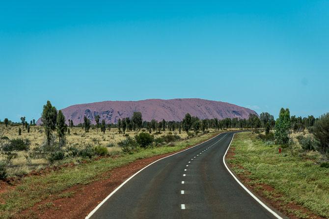 Экскурсия к самому большому камню на планете