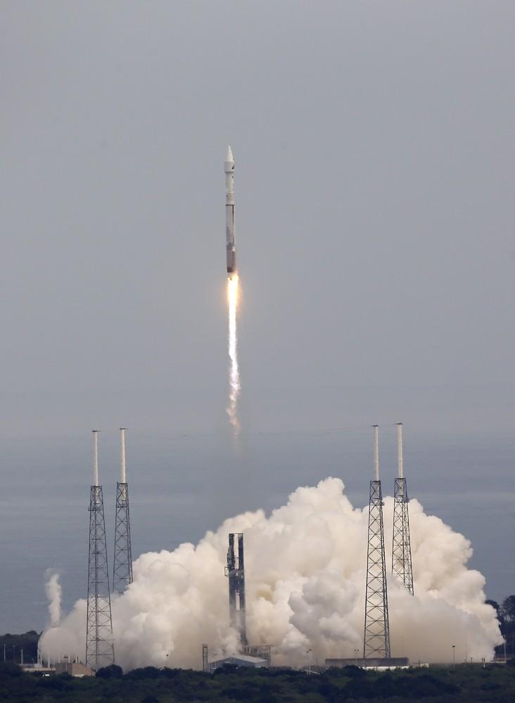 NASA отправляет MAVEN на Марс