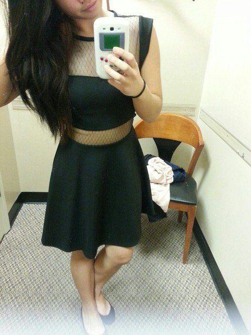 Девушки в сексуальных платьях