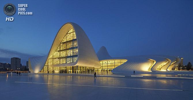 Центр Гейдара Алиева — новый символ Баку