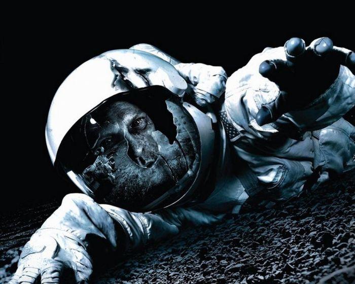 Что произойдет с астронавтом, если его унесет в открытый космос (3 фото)