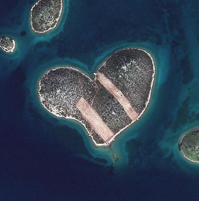 Самые интересные снимки со спутника 2013