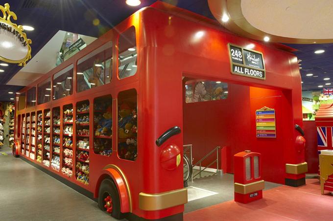 Магазин Hamleys в Лондоне
