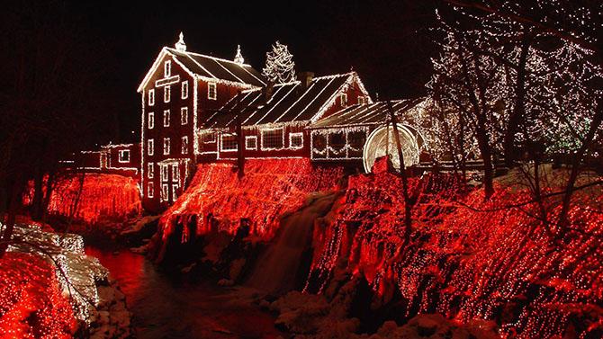 22 примера праздничных огней на улицах городов