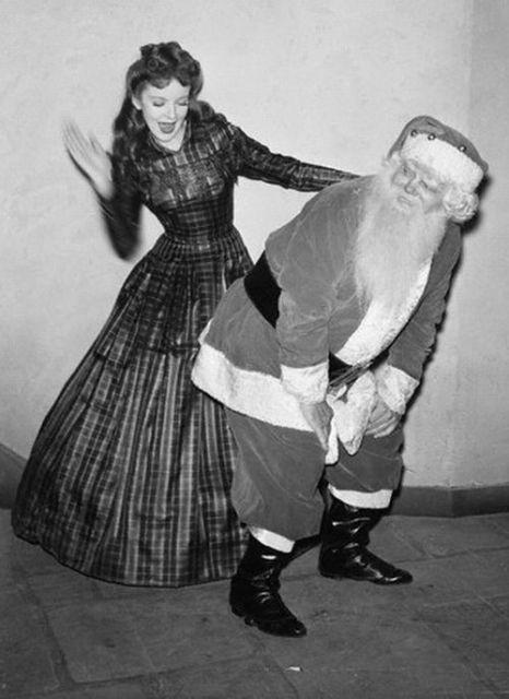 Фотографии Санта Клауса, от которых Вы ужаснетесь