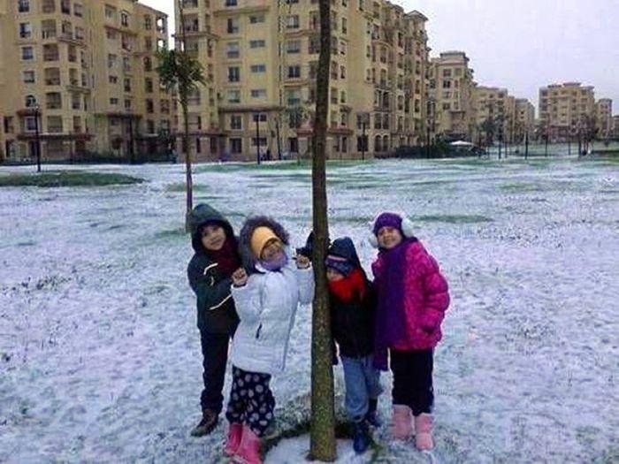 Аномальный снегопад в Египте (27 фото)