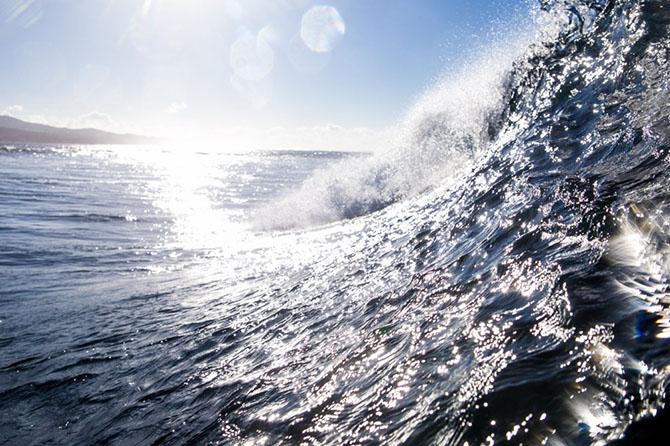 Что происходит с обратной стороны волны