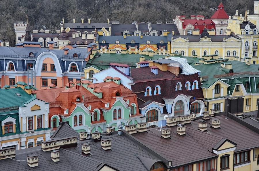 Город пряничных домиков в центре Киева